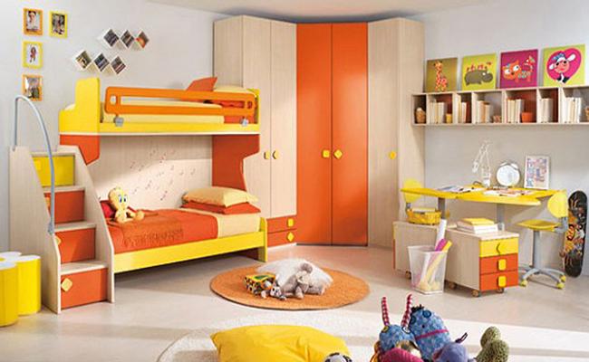 жёлтая детская комната