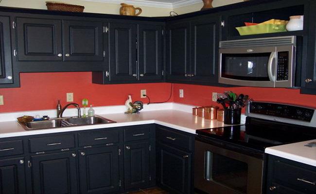 черный с красным кухня