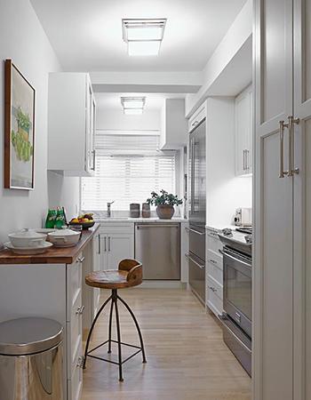 узкая кухня вариант 1