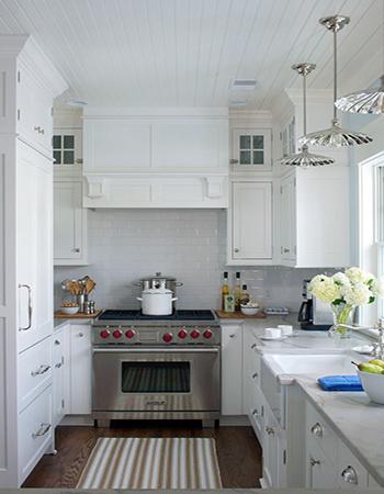 узкая кухня вариант 2