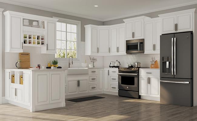 кухня с деревянным полом